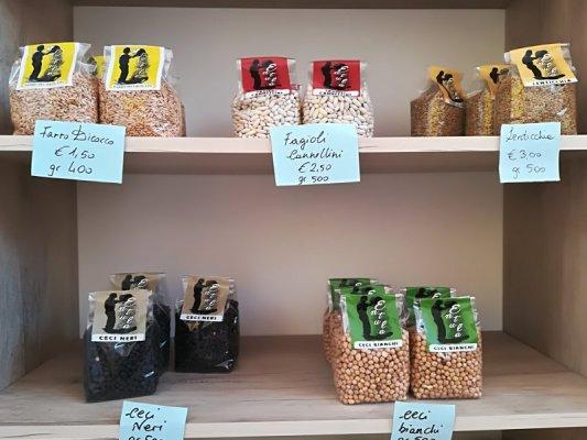 Legumi prodotti dall'azienda agricola Entula di San Donato di Lecce