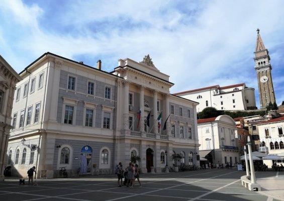 Il Palazzo del Municipio a Pirano in Slovenia