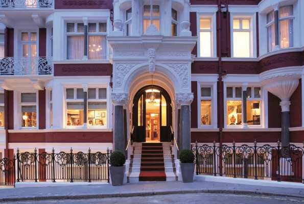 Just Checked Out: St. James Hotel and Club in London