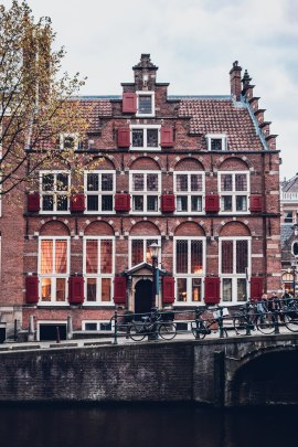 Spotlight on Amsterdam: the city of winding canals, gabled houses and bicycles