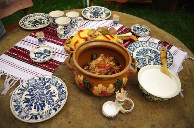 obiecte traditionale artizanat