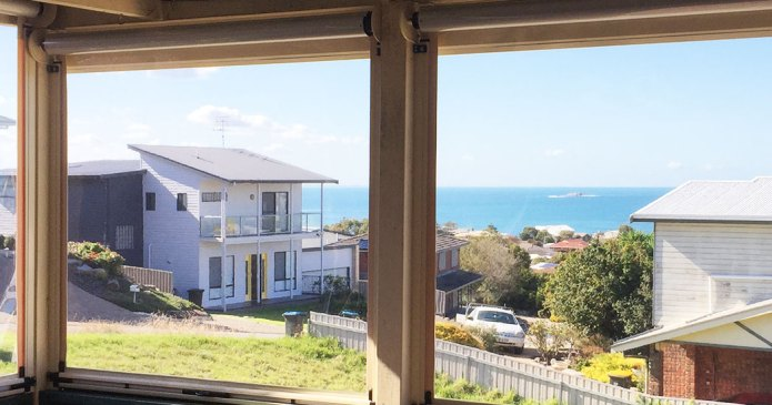 Outdoor Blinds Adelaide | Outdoor Clear PVC Blinds | Inviron