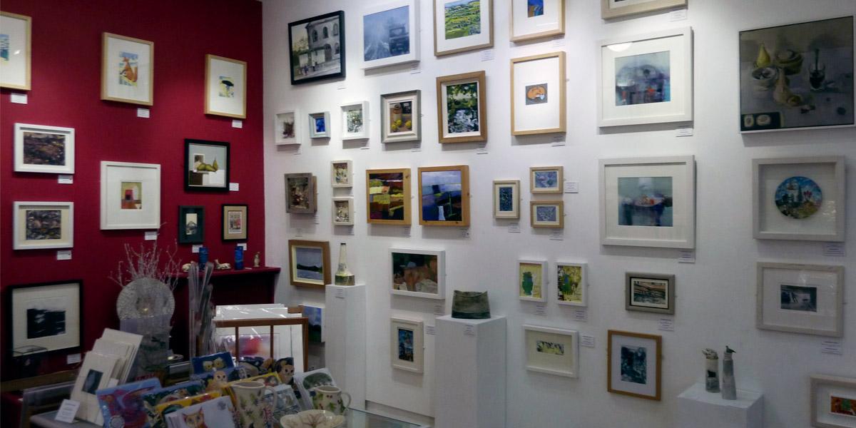 Exhibitions-slideshow