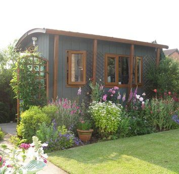 Professional garden room or cheap summerhouse?