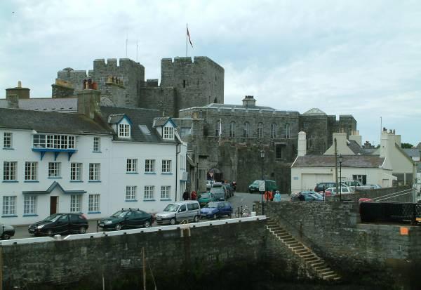 https://i0.wp.com/www.iomguide.com/castletown/photos/castletown-big.jpg