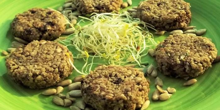 Combinando insieme sapientemente ingredienti di ottima qualità si ottengono biscotti che non hanno nulla da invidiare a quelli tradizionali