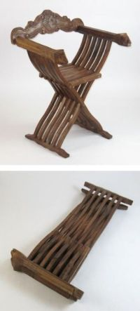 SH70191 - Carved wooden folding medieval chair