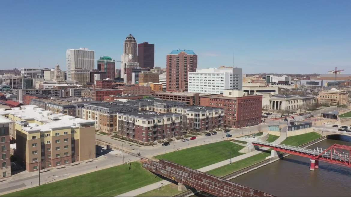 City of Des Moines Eases Some COVID-19 Restrictions, Extends Others