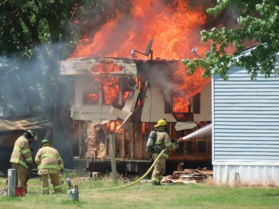 Fire destroys mobile home, damages second in Perry 10
