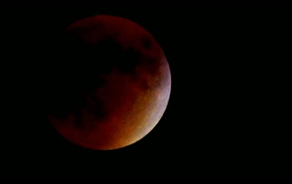 Super Blood Moon Photos  Iowa Storm Chasing Network