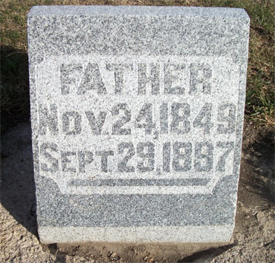 Fred Quade's tombstone(photo by Kimberly Albrecht [Nims])