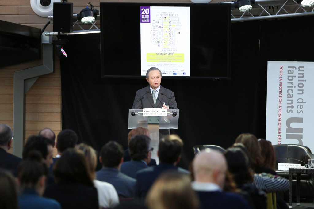 Christian Peugeot gives the opening speech of the event, photo credit: 20ème Forum Européen de la Propriété Intellectuelle par l'Union des Fabricants