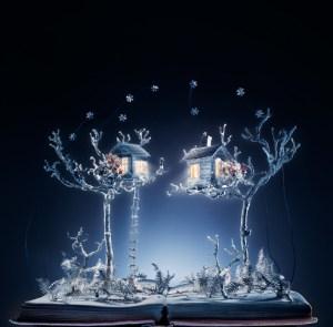La Reine des Neiges, sculpture de livres par Su Blackwell
