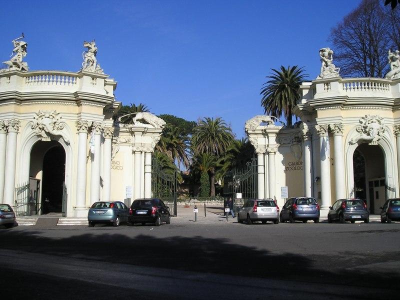 L'ingresso storico del Bioparco, il giardino zoologico di Roma
