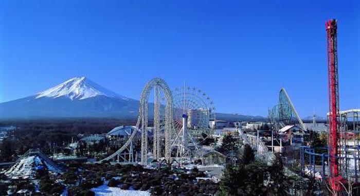 Il parco divertimenti Fuji-Q-Highland uno dei principali in Giappone