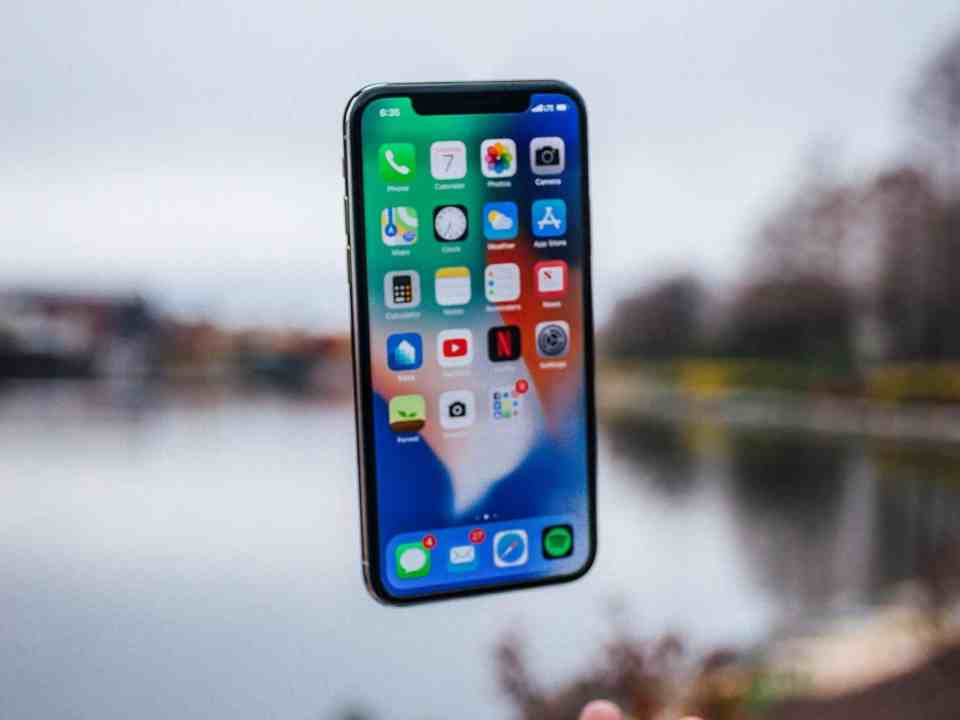 iPhone X common problems and issues