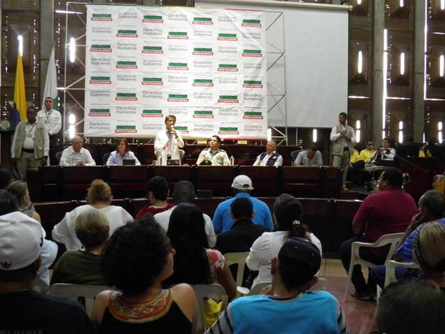 Luis Pérez, gobernador de Antioquia, durante su intervención en el acto de reconocimiento.