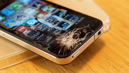 iPhone6/6Plusフロントパネルって割れやすい?