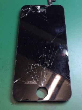 iPhone5c修理前28/12/29