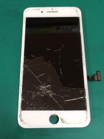 iPhone7Plus修理前29/02/03