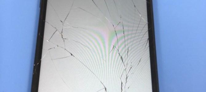 iPhone7の不幸 パネル交換のご依頼 2018.05.20