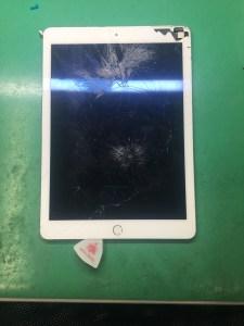 iPadair2液晶交換(1)