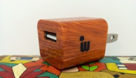 iWoody: Premium USB Wall Charger Comma Woody – Review