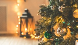 Using Smart Home Gadgets to Make Your Home Feel Extra Festive
