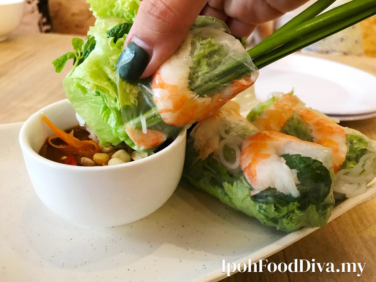 Vietnamese Street's Best Goui Cuon