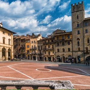 Tuscany holiday package A dive into history