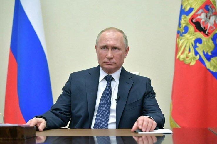 COVID-19 en Rusia Vladimir Putin declara abril mes de asueto con pago de salarios