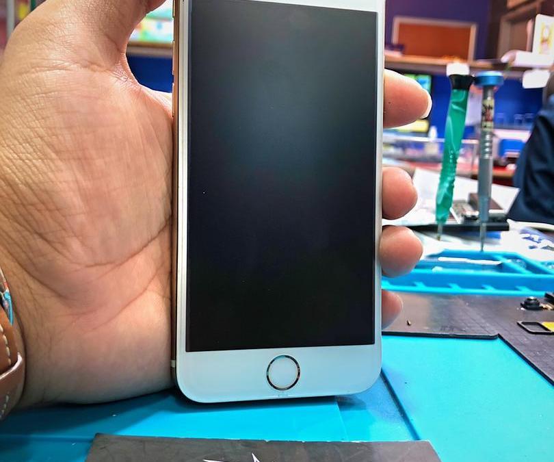 iPhone 6s Screen Blank Repair In Ampang