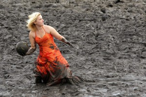 mud slinging