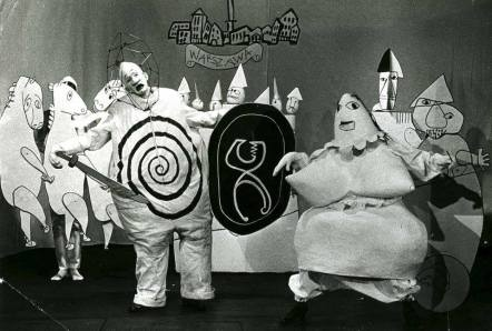 https://flashbak.com/alfred-jarrys-ubu-roi-the-most-punk-play-of-all-time-372959/