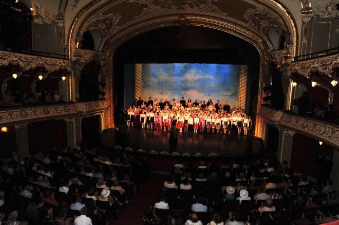Cantus Mundi la Teatrul National din Iasi