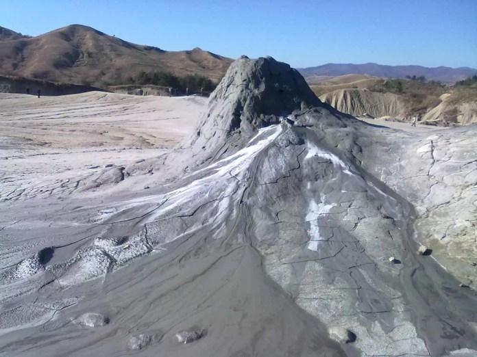 4-vulcanii-noroiosi