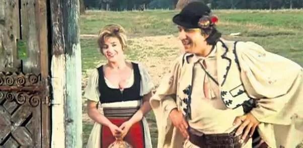 "Sebastian Papaiani in rolul lui ""Pacala""."