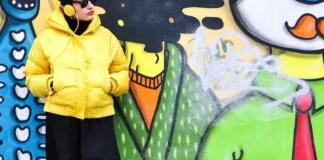 """Playlist nou cu Alex Damian: expoziția foto ,,Ascultă cu mine"""""""