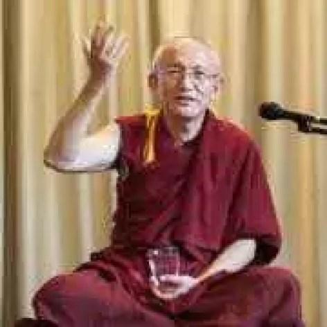 FOTO-ANDREEA-ARON-GONSAR Rinpoche-661-300x300-1484342427