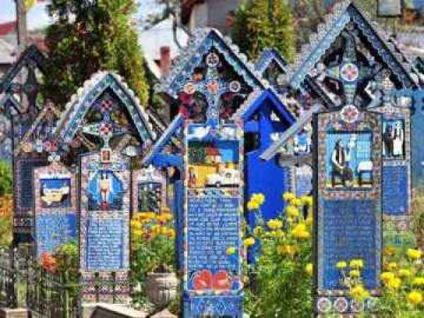 cimitirul-vesel-de-la-sapanta-in-patrimoniul-unesco