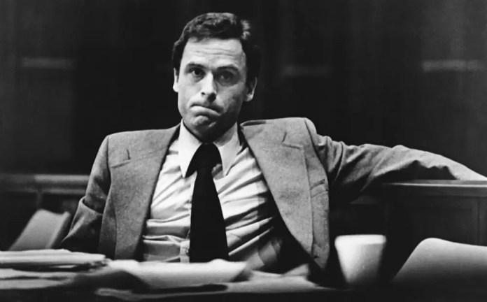Conversații cu Ted Bundy Front Picture