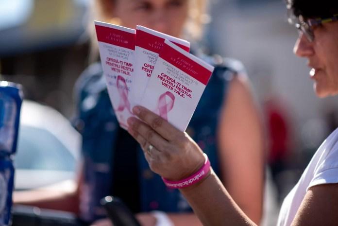 Aleargă la Cursa Populară AVON din cadrul Bucharest Marathon și susține lupta împotriva cancerului la sân