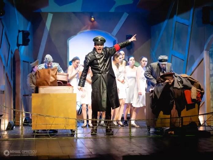FestivalulInternaţional al Teatrului de Studio și de Forme Noi -afis