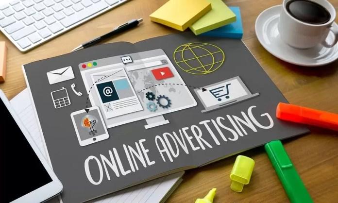 Marile companii își suspendă publicitatea