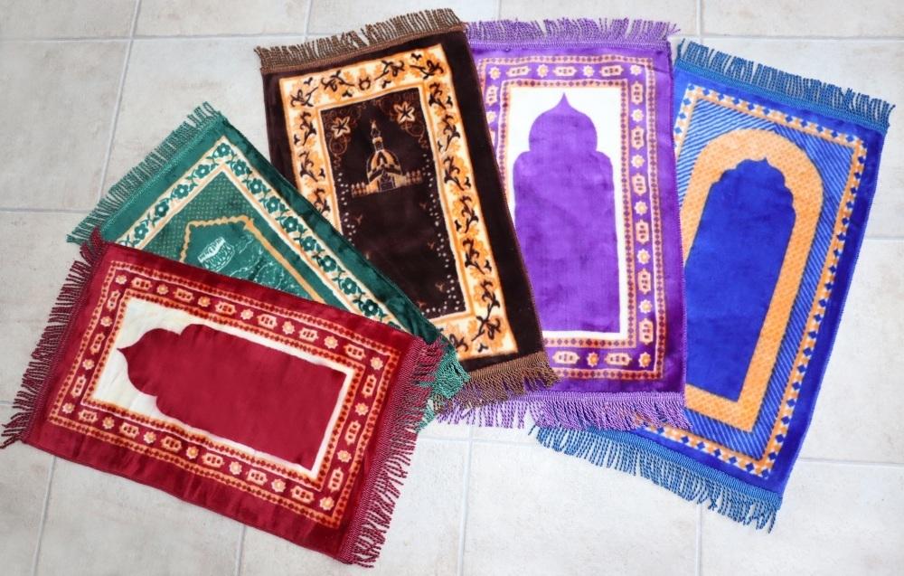 petit tapis de priere pour petit enfant musulman et bebe 35 x 65 cm couleur bleu et jaune