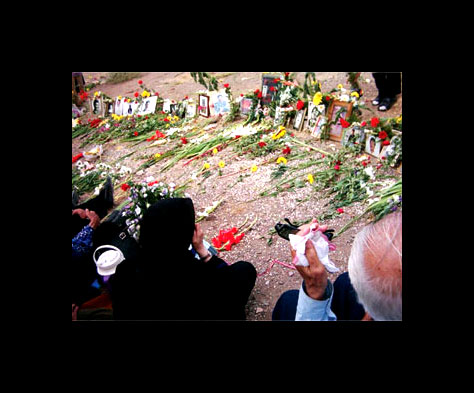 2004: Gathering at Khavaran cemetery in Tehran in memory of the 1988 massacre of Iranian political prisoners. Hundreds, perhaps thousands, were secretly executed in the capital and in prisons throughout the country on the orders of Ayatrollah Khomeini [See Abrahamians account]. Photos from Etehad Fedaian Khalgh.