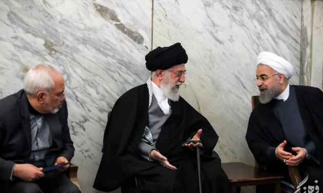 Iranian President Hassan Rouhani (R) and his Foreign Minister Mohammad Javad Zarif (L) meeting with the country's Supreme Leader Ayatollah Khamenei.