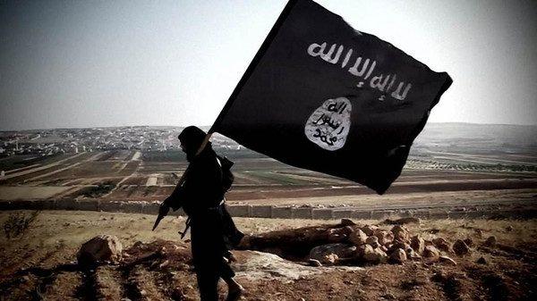 مصدر: اندلاع اشتباكات بين الأهالي وداعش بالموصل