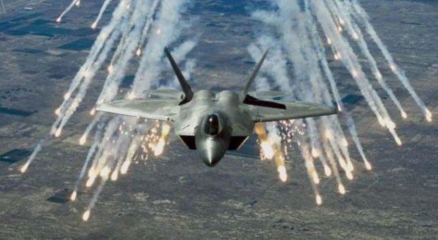الطائرات الأمريكية تدمر مجمعا لصناعة غاز الخردل القاتل لتنظيم داعش قرب الموصل