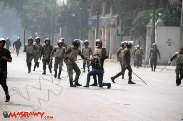 اعتداء الجيش المصري على النساء